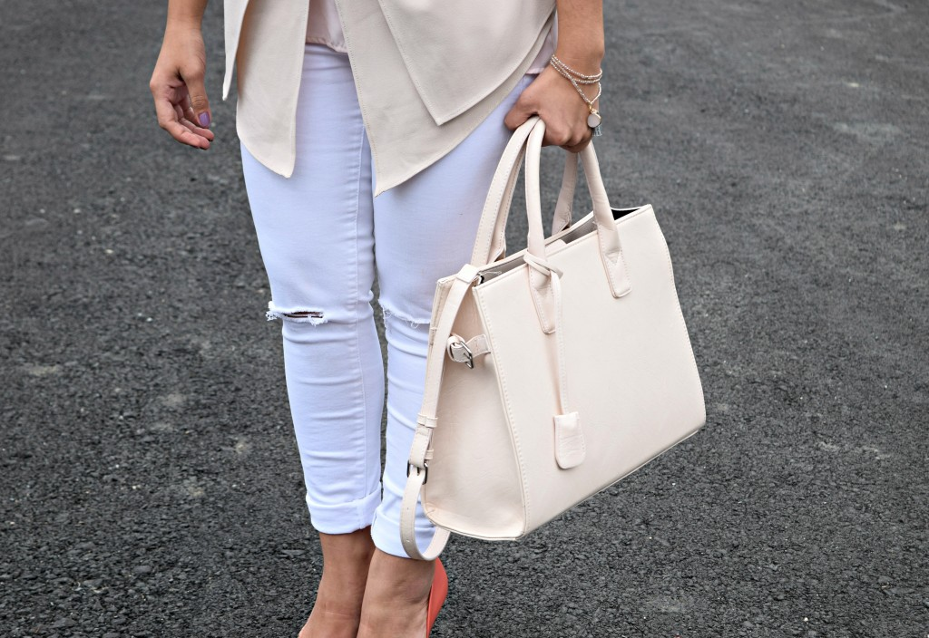 How to wear Monochromatic in Spring