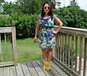 Melissa wearing a Jessica Simpson ThredUP and Charlotte Russe neon yellow heels