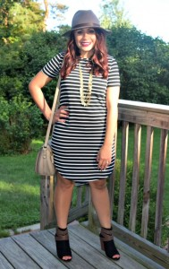 Melissa Mom with Style wearing a Bella V Mobile Boutique striped dress with JustFab booties, Forever 21 hat, and Stella and Dot necklace