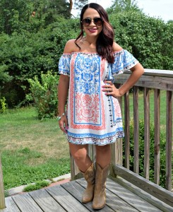 Melissa Mom with Style wearing a Bella V Mobile Boutique off the dress and DSW cowgirl boots