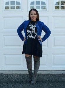 Melissa Mom with Style wearing a cobalt blue jacket from Who What Wear at Target with a Bella V Mobile Boutique Rock My Gypsy Soul and grey over the knees boots