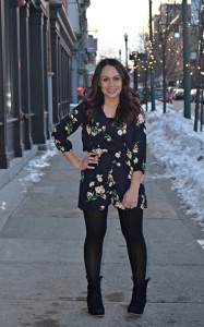 Melissa Mom with Style wear a Bella V Mobile Boutique navy, floral print romper, Nordtrom tigths and Express black booties
