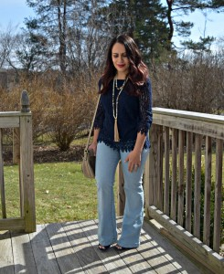 Melissa Mom with Style wearing a NY & Company off the shoulder lace top, Forever 21 flare jeans with a tassel necklace and avaitors Bella V Mobile Boutique sunnies