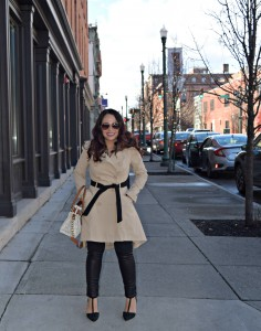 Melissa Mom with Style wearing a ThredUp Bebe trench coat with black Express leather leggings, paired with a print Forever 21 top and French Connection stud pumps