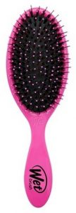 Melissa Mom with Style must have hair tools and brushes: Wet Brush