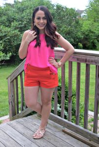 Melissa Mom with Style color block outfit with pink and red
