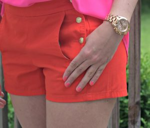 Melissa Mom with Style wearing a pair of J.Crew shorts with a Micheal Kors watch