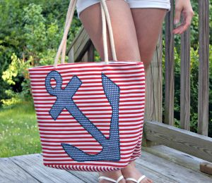 Melissa Mom with Style red, white, and blue Bella V Mobile Boutique beach tote