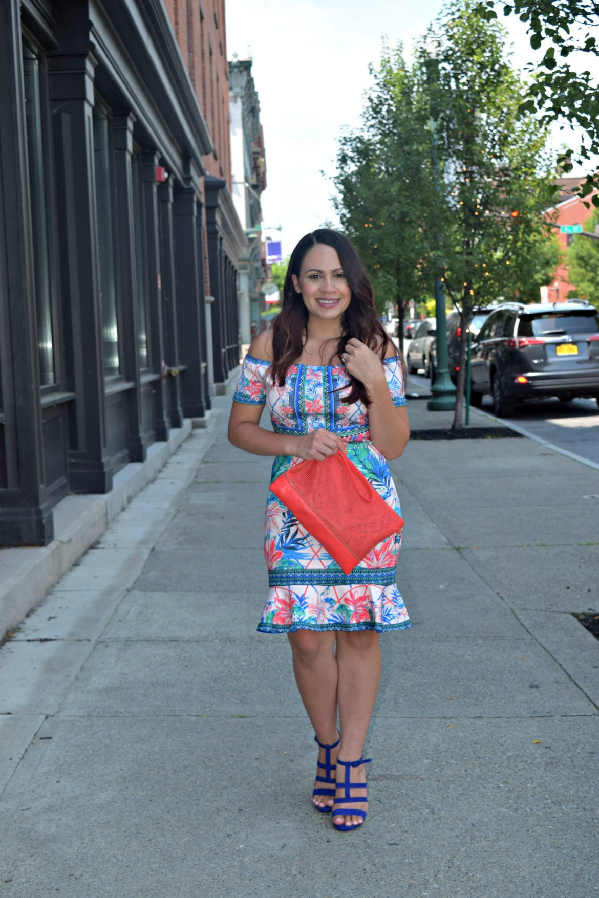 Melissa Mom with Style wearing a bright bold summer outfit