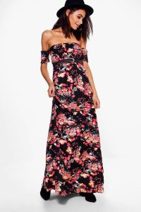 Melissa Mom with Style Boohoo dark floral maxi dress
