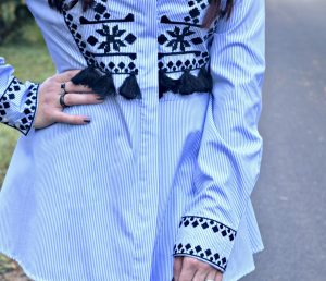 Melissa Mom with Style rocking a Zara stripe embroidered top with her Charming Charlie rings