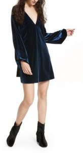 Melissa Mom with Style Black Friday Wish List: Nordstrom Free People Velvet Dress