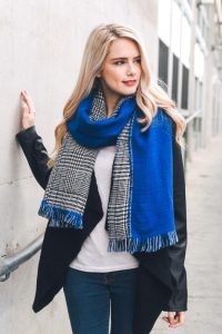 Melissa Mom with Style Black Friday Wish List: Bella V Boutique Reversible Scarf