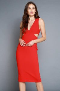 Melissa Mom with Style Thanksgiving Dresses: Bella V Boutique cut-out red dress