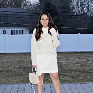Melissa Mom with Style styling her signature all white look