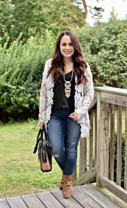 Melissa Mom with Style Easy Fall Look Essentials