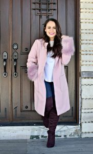 Melissa Mom with Style rocking her JustFab lilac statement coat