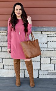 Melissa Mom with Style Open Back Tunic with this Bella V Boutique coral tunic