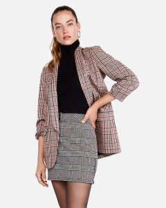 Melissa Mom with Style How to Wear a Plaid Skirt in Your 30's