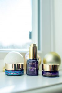 Mom with Style Gift Guide for the Beauty Lover