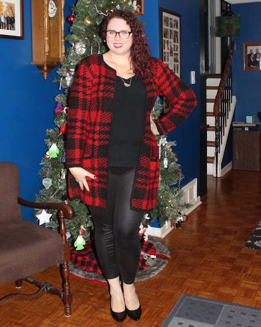 Mom with Style Weekend Wear Linkup Feature Blogger