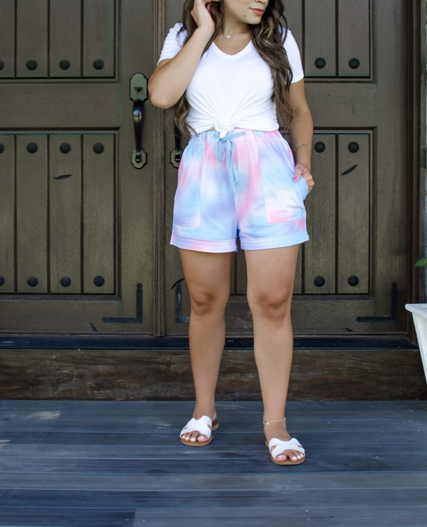 Melissa Mom with Style How to Style Tie Dye for a Casual Look