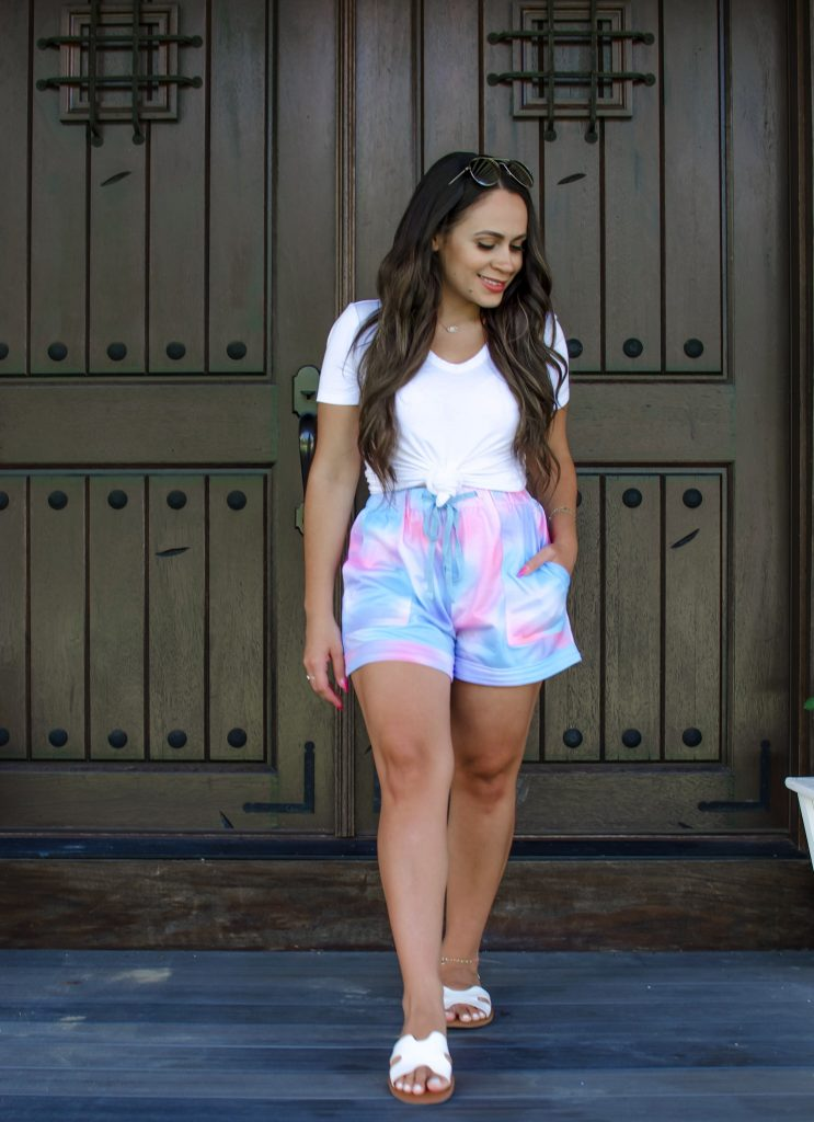 Melissa Mom with Style How to Style Tie Dye for Summer