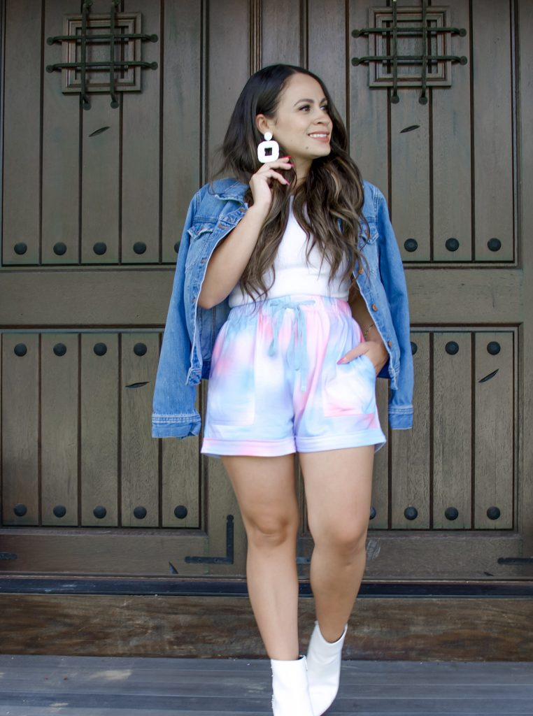 Bella V Boutique How to Style Tie Dye Shorts for Fall