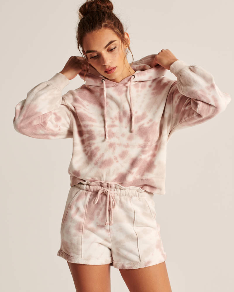 Melissa Mom with Style Must Have Loungewear for the Holidays