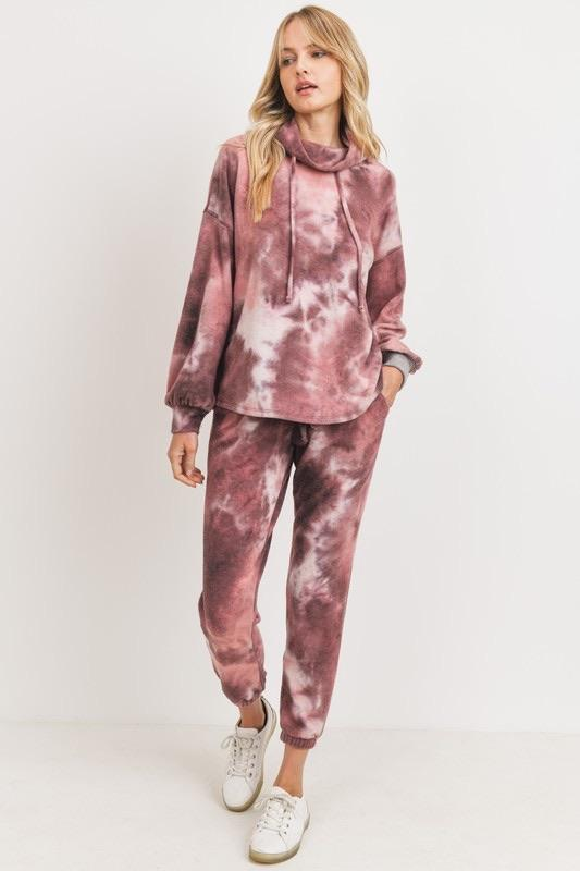 Melissa Mom with Style Tie Dye Loungewear Holiday Gift Set