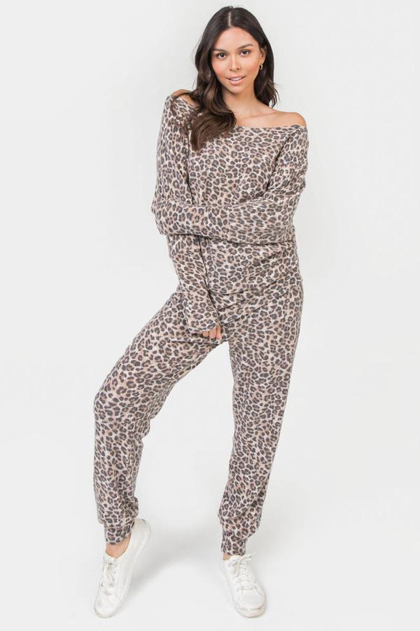 Melissa Mom with Style Leopard Print Loungewear Set