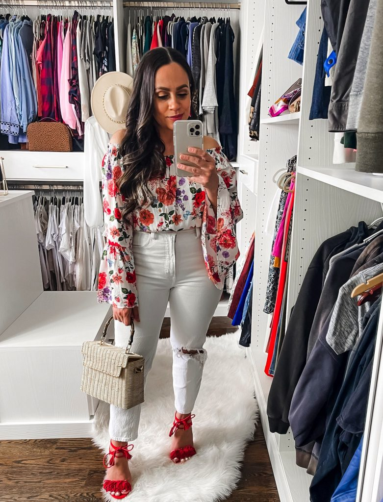 Melissa Mom with Style How to Style Mom Jeans with a Flowy Off The Shoulder Top